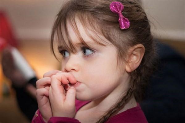 ترس در کودکان را با مشاوره کودک درمان کنید