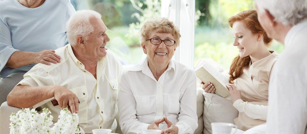 مشاوره سالمندان خانه مهر همراه شما عزیزان