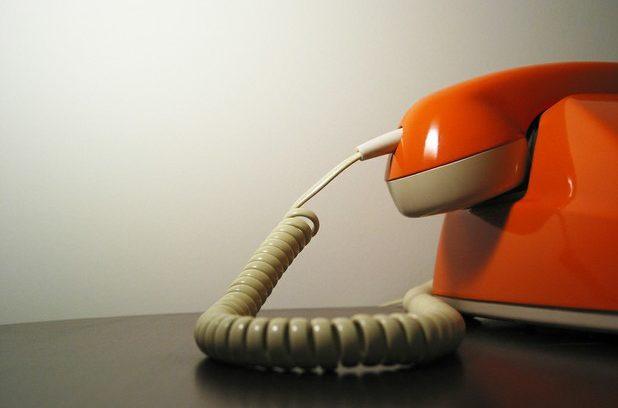 مشاوره تلفنی خیانت و عهد شکنی با مشاورین مجرب و متخصص