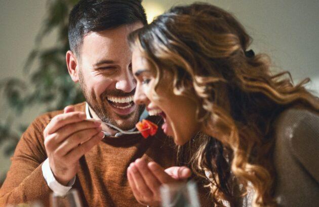 مشاوره ازدواج در زمینه صمیمیت و روابط عاطفی به شما چه کمکی میکند